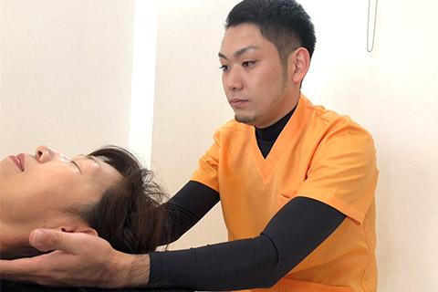 頭痛改善施術